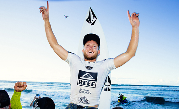 Dusty Payne (HAW) continued his dominant performance at the REEF Hawaiian Pro today, posting a near-perfect 19.64 in the Final to win the event. Image: ASP / Kelly Cestari