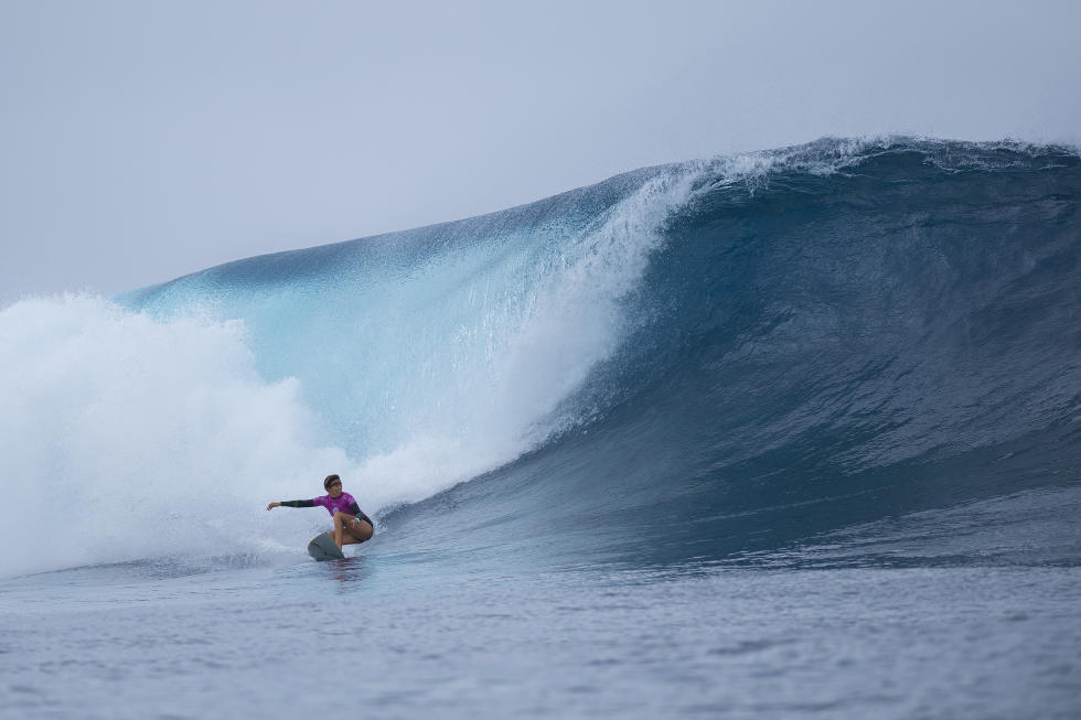 Sally Fitzgibbons carved up Cloudbreak in the Final at the Fiji Women's Pro.-WSL/Kirstin