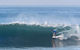 Former event winner Taj Burrow was eliminated in an incredibley exciting heat on Day 3  WSL Tim Hain